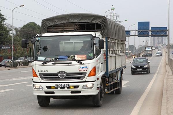 Hướng dẫn thủ tục xin cấp phù hiệu xe tải